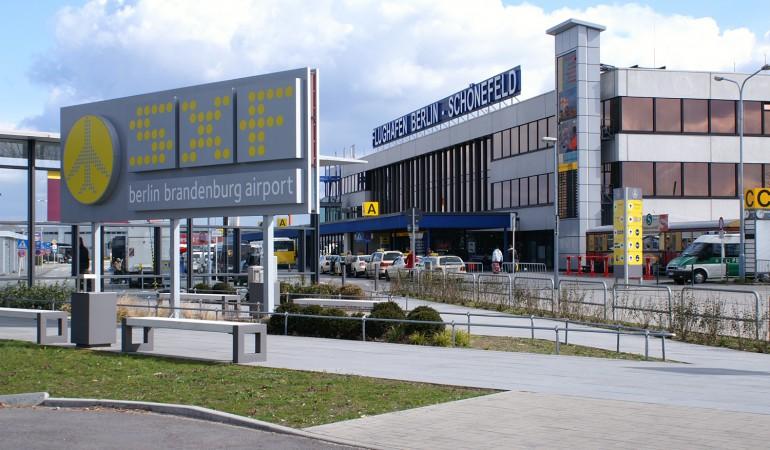 airport berlin sch nefeld. Black Bedroom Furniture Sets. Home Design Ideas